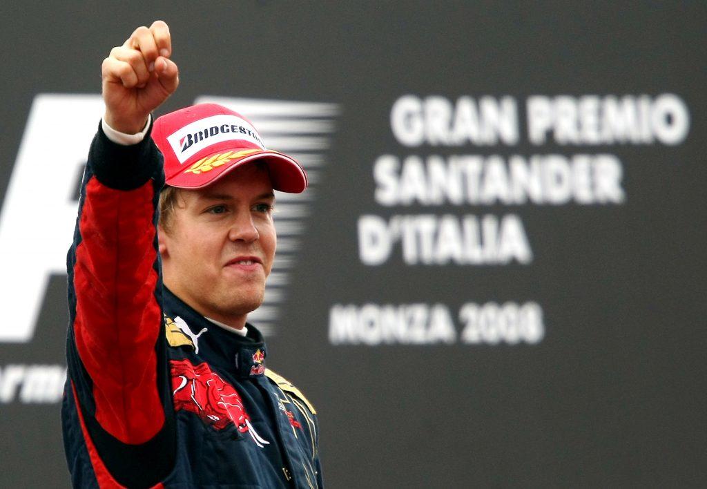 Vettel pakt de eerste overwining voor Toro Rosso. Foto: Red Bull Content Pool